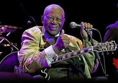 B.B. King Photo 8x12 or 8x10 in Live Concert Studio Print 2011 Manchester UK s17