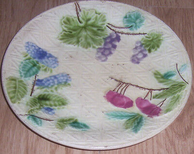 ANTIQUE MAJOLICA PLATE FRUITS SALINS, MARKED