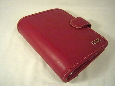 Red Compact Franklin Covey Planner Binder Organizer Magnetic Snap