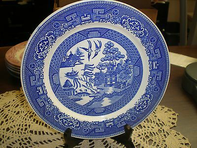 """Homer Laughlin Blue Willow ware 9"""" Plate"""