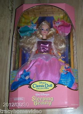DISNEY'S CLASSIC DOLL COLLECTION - SLEEPING BEAUTY AURORA DOLL - NEW IN PACKAGE!