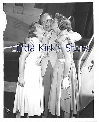 Jack Benny & Two Women Promotional Photograph 7x9  Comedian
