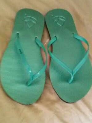 10 pairs of Reef Smooth Women's Flip Flops US NWT $20 aqua size 6 and 10