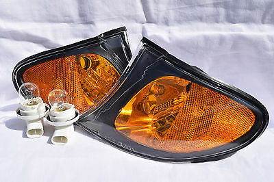 Front Corner Turn Signal Light Lamps Black Trim One Pair Fit 2002 325i 325xi