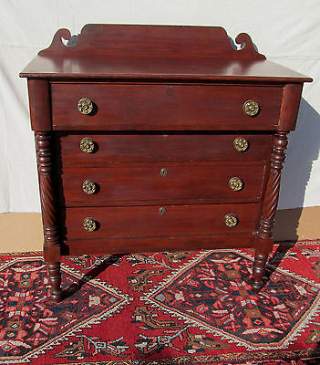 Fine Late 18Th Century Sheraton Dresser In Mahogany With Great Provenance