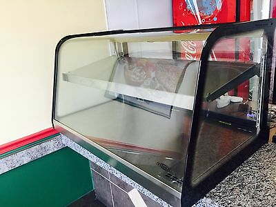 """Federal CH4828 Display Case, Heated, Countertop, Curved Glass, 48"""" Wide"""
