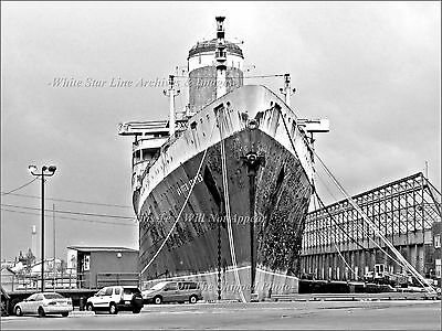 Photo: Recent B&W View Of Laid-up SS United States At Philadelphia Pier