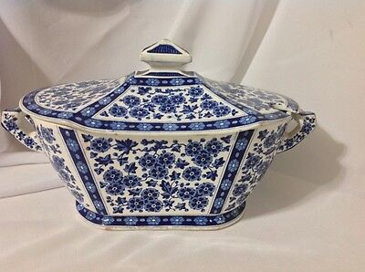 Antique Ridgeways Eng. Tureen in Blue and White Hawthorne Pattern; c. 1842-1867