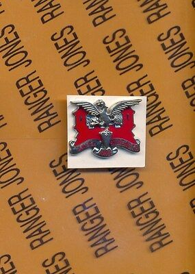 US Army 130th Engineer Battalion crest DUI hat pin badge