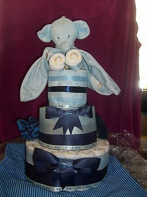 baby shower gift diaper cakes