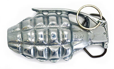 Mens / Gents Pewter Hand Grenade Belt Buckle with Moving Pin / Army / Military
