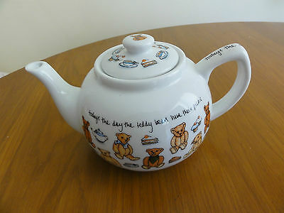 PAUL CARDEW Ceramic Pottery TEDDY BEARS PICNIC TEAPOT Made in England
