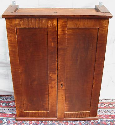 Important Early Federal Period Solid Tiger Maple Wall Cabinet W/full Interior