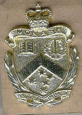Military Australia  Army  Uniform Monash University Regiment Hat Cap Badge 1960