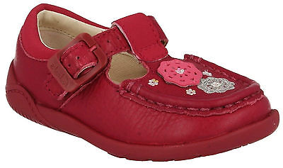 Girls Clarks Litzy Suzy Fst Berry Leather Buckle T Bar First Walking Shoes