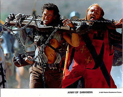 ARMY OF DARKNESS photo still BRUCE CAMPBELL Sam Raimi ASH CHAINED Evil Dead