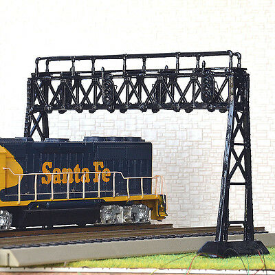 1 x HO or OO scale Signal Bridge prewired LED 3 aspects ( Double Track Version )