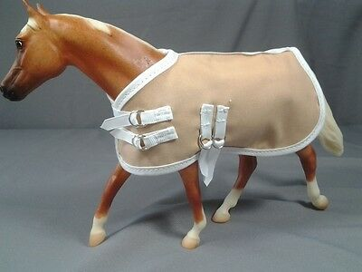 Model Horse Blanket Tan. Fits Breyer