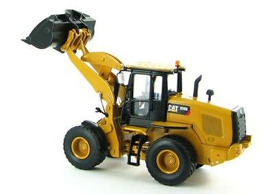 Norscot 1:50 Caterpillar CAT 938K Wheel Loader w/ bucket & forks