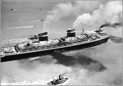Photo SS United States Heads Past Virginia Capes For Sea Trials, June 10, 1952