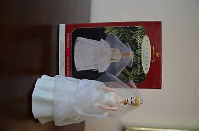 1997 Hallmark Keepsake Ornament Weddnig Day Barbie QXI6812