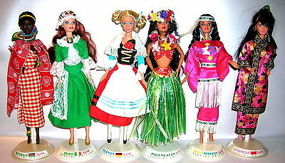 6 Stück Barbie Special Edition German Irish Polynesian Chinese Kenyan American
