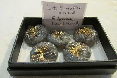 LOT 9 5 c 1900 Glass Metal 4 Way Shank Buttons 2.2 cm Grey + Gold Bow