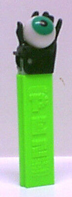 PEZ - Hand with Eye - Black Hand with  Eye on Neon Green 4.9 Hungary - loose