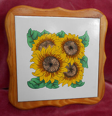 Sunflower Ceramic Trivet Tile Hot Pad Plate Wall Hanging Corelle Yellow Rare