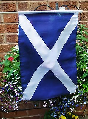 "SCOTLAND ST ANDREW LARGE HAND WAVING FLAG 18"" X 12"" Scottish FLAGS"