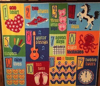 Smithsonian Kids Play & Learn Rug 46in x 52in (123's)
