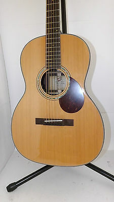 Breedlove Cascade 000/Cre acoustic/electric with case MSRP: $2199.00