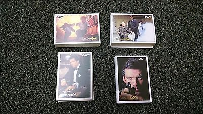 James Bond Archives 2015 Edition - Complete 102 Card GoldenEye Gold Parallel Set