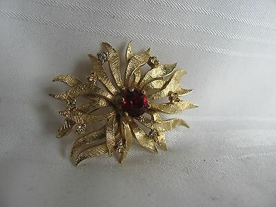 Hayward Karatclad yellow gold plated brooch red center stone