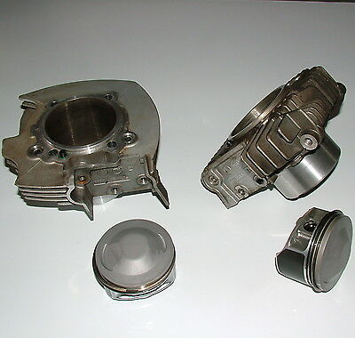 Ducati Monster 695 M695 Pistons et Cylindres / Pistons & Cylinders