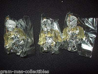 "Set Of 3 Plastic Angel/cherub Ornaments Sitting Down Or Hang  Gold Wings 3.5"" H"