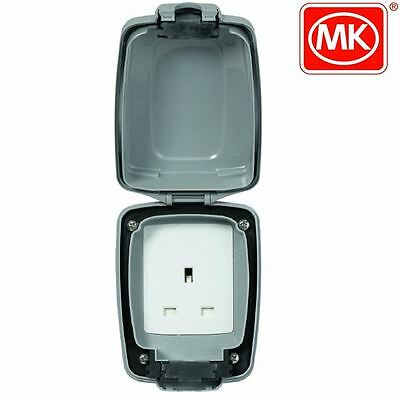 New Mk Shield Weatherproof 13 Amp 1-Gang Unswitched Plug Socket Outlet K46031Gry