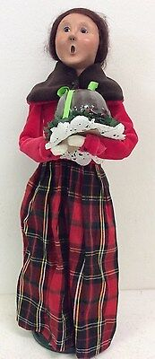 Byers Choice The Carolers 2010 Woman With Chocolate Handcrafted