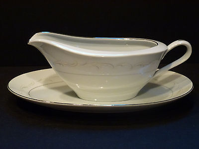 Fine China of Japan Laura 3728 Gravy Boat with underplate,FREE SHIPPING, CH10085