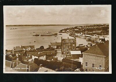 Wales Pembrokeshire Pembs MILFORD HAVEN general view Used 1959 RP PPC
