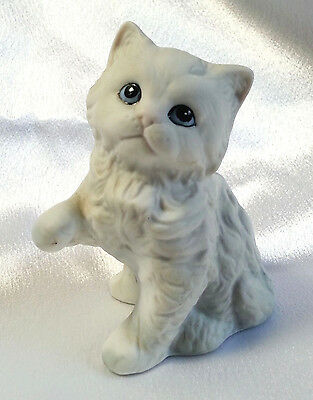White Cat Figurine Homco Ceramic Bisque Angora Persian Blue Eyes Pink Nose