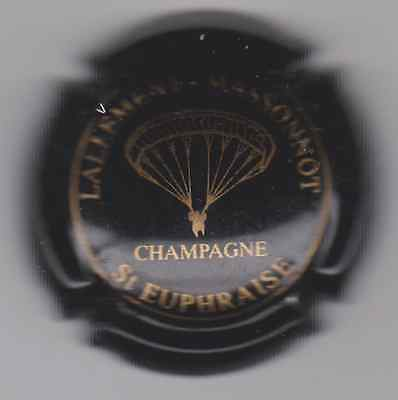 Capsule De Champagne Lallement-Massonnot*