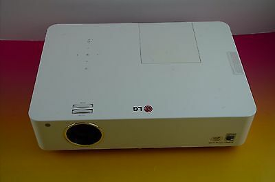 SALE!!! LG BG630 3LCD Projector - White (used) w/accessories / #r12 Read