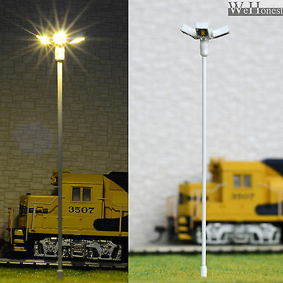4 pcs HO/OO scale Model Floodlight warm white LED made Lamppost long life #014
