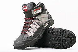 Rock Fishing Boot Anti-Slip Spike Grip Shoes Size 6.5 or 7 Foot Length 25-25.5CM