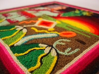 H068 YARN PAINTING Huichol Art Mexican Hand Beaded Crafts Nayarit Jalisco Peyote