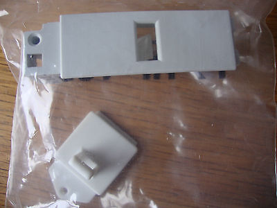 Tumble Dryer Door Catch Kit - Hotpoint - Creda - Indesit.