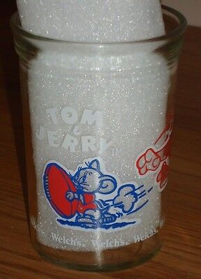"""4"""" Welch's Glass Jelly Jar  TOM & JERRY Football 1991 Anchor Hocking Glass"""