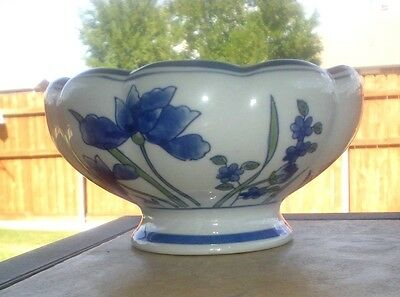 Vintage Retro Porcelain Footed Oriental Blue Floral Planter Pot AAA Imports
