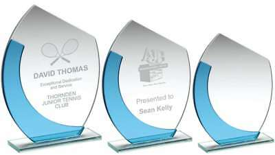 Rectangular glass award available in 3 sizes - engraved f.o.c.